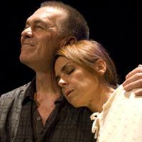 Pel plaer de tornar a veure-la presenta el viatge interior d'un dramaturg