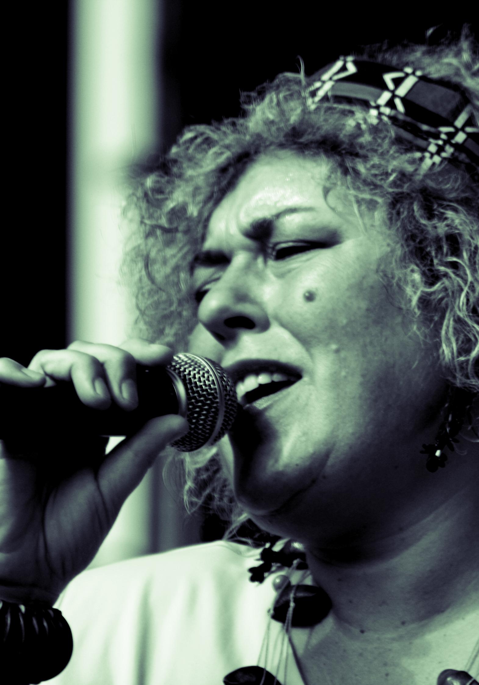 Big Mama i Original Jazz Orquestra del Taller de Músics s?uneixen per reviure els grans clàssics del jazz i blues