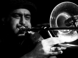 Mr. T-Bone torna a Barcelona acompanyat per The Gramophone Allstars