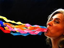 Joan Baixas estrena Casa de Llops, un espectacle amb moviment, música i narració