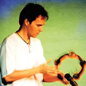 El multi instrumentista Nord-americà Scott Robinson a Barcelona