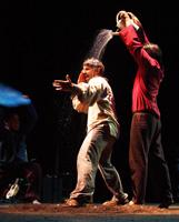 Maputxes, música, teatre i joglaria contemporània xilena al SAT!