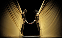 Arriba 'Dunas', l'espectacle de dansa de Maria Pagés i Sidi Larbi Cherkaoui