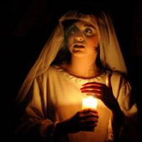 Àngels i Dimonis omplen els teatres de Catalunya