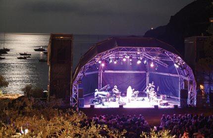 sies tv escenari_festival_cadaques-gran_GRAN